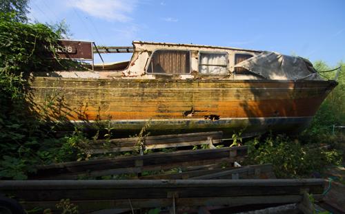 Altes Holzschiff