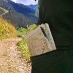 Wanderhose mit Beintasche für Wanderkarte