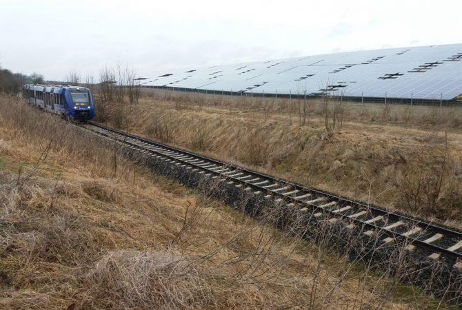 Regionalbahn auf der Strecke der alten Donnersbergbahn