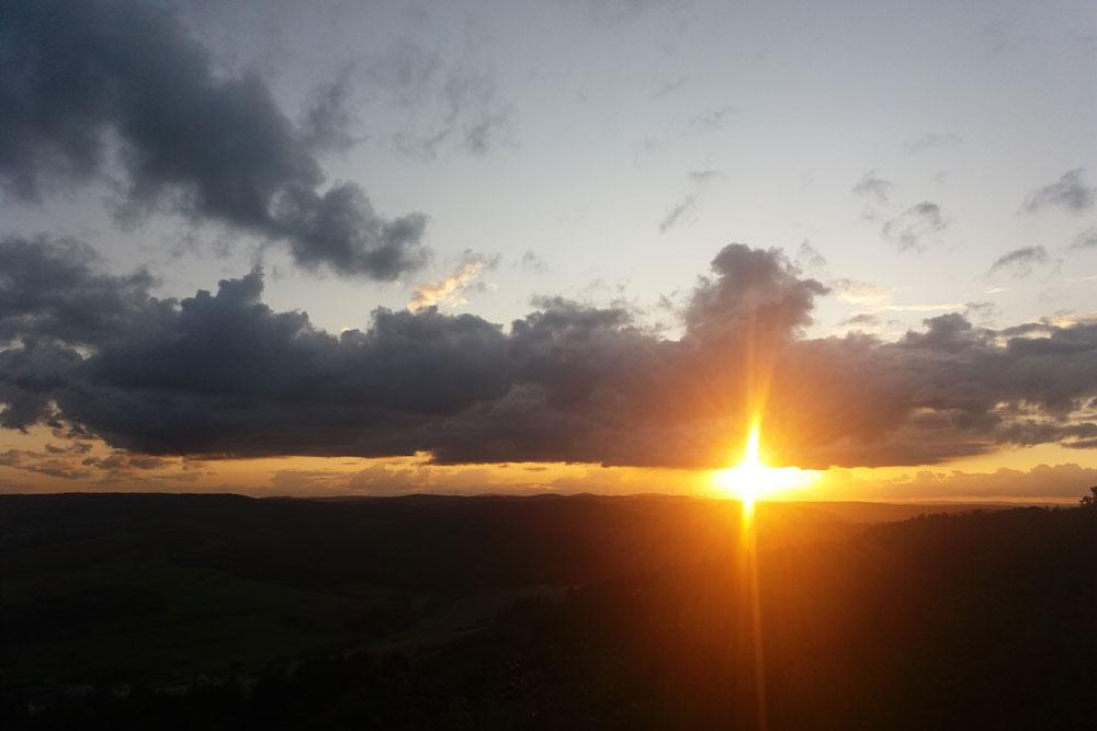 Sonnenuntergang im Pfälzer Bergland.