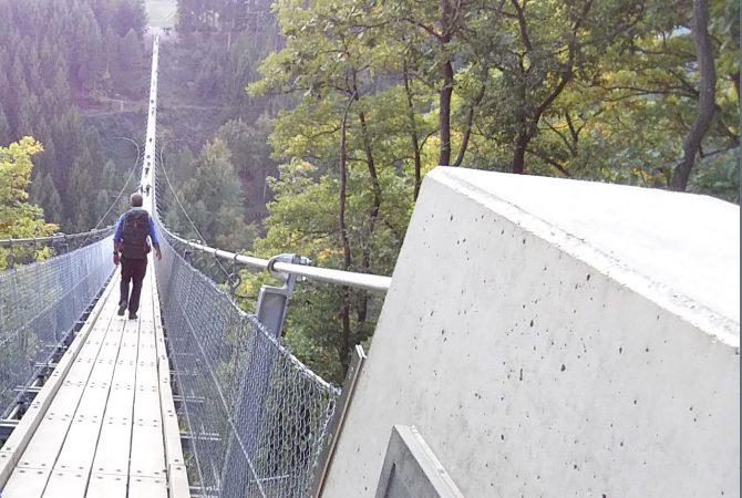 Hängeseilbrücke statt Höhenangst