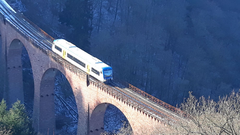 Hunsrückbahn auf dem Hubertus-Viadukt